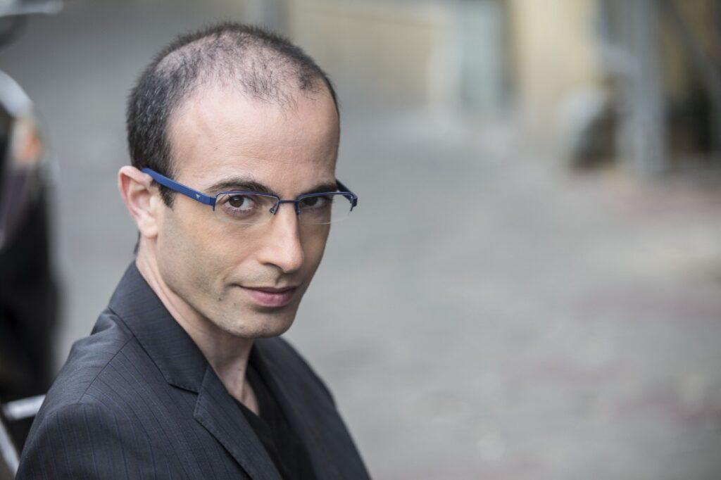 Harc az (evolu)cioinizmus ellen – Betiltották Harari könyveit Iránban