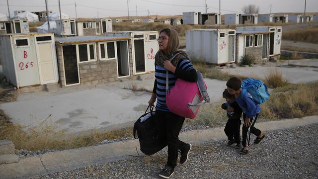 """""""A törökök egy éven át fenyegettek bennünket"""" – egy szíriai család hányattatásai"""