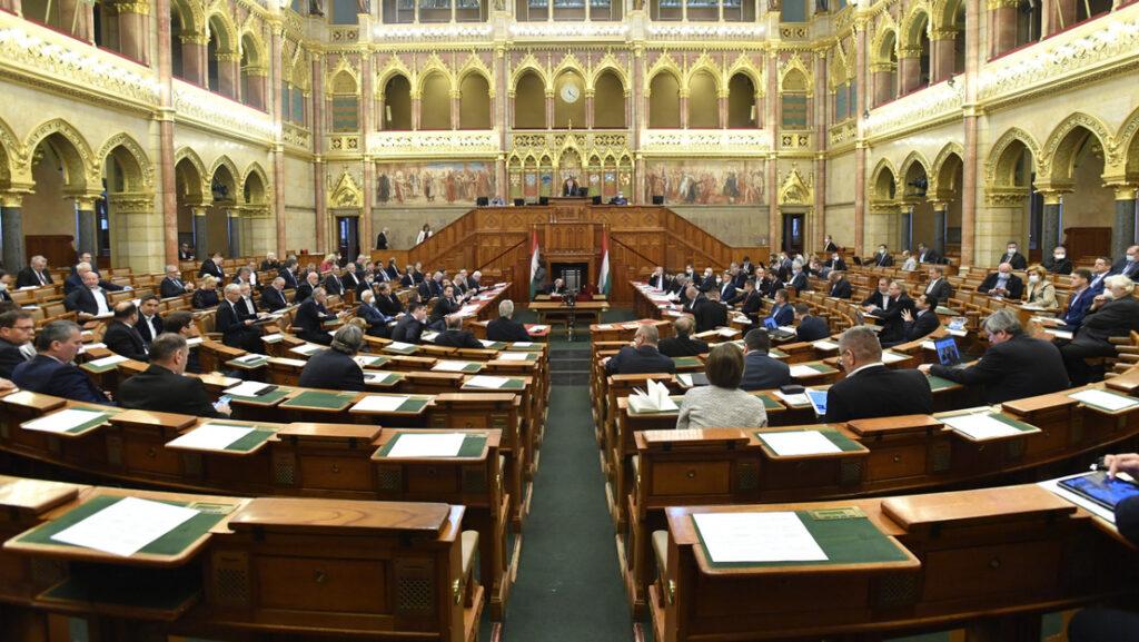 Megszavazta az Országgyűlés a koronavírus-törvényt