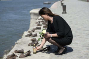 Varga Judit: Lelkünkben 600 ezer gyertya gyúl