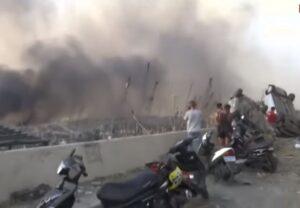 Óriási robbanás a bejrúti kikötőben – ötven halott és többezer sebesült