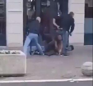 Nizza után késes támadás Avignonban és Lyonban is