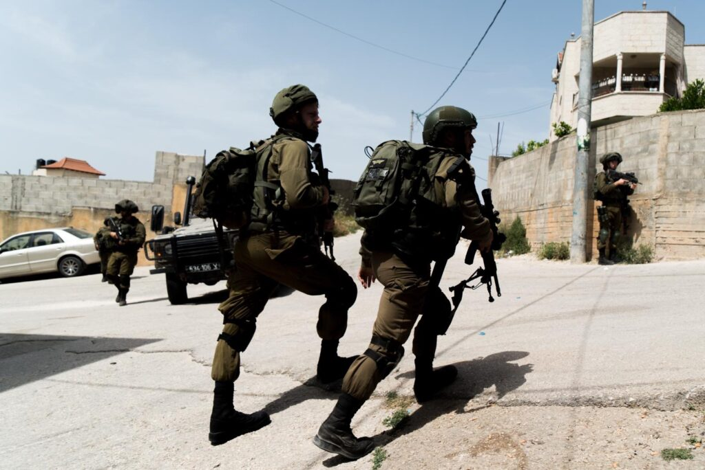 Tűzharcba keveredtek az izraeli terrorelhárítók Dzseninben