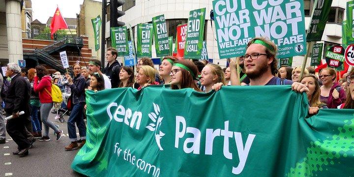 Brit zsidók a Zöld Pártnak: egyszerre nem lehet a zsidóknál és az antiszemitáknál is jónak lenni